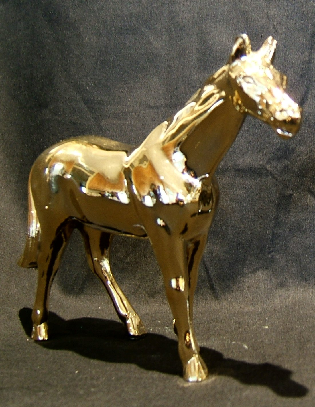 Horse Bonnet Mascot -Gold Plated